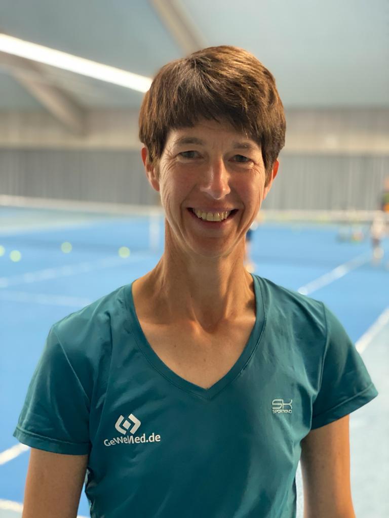 Corinna Kaup (Sportwartin)